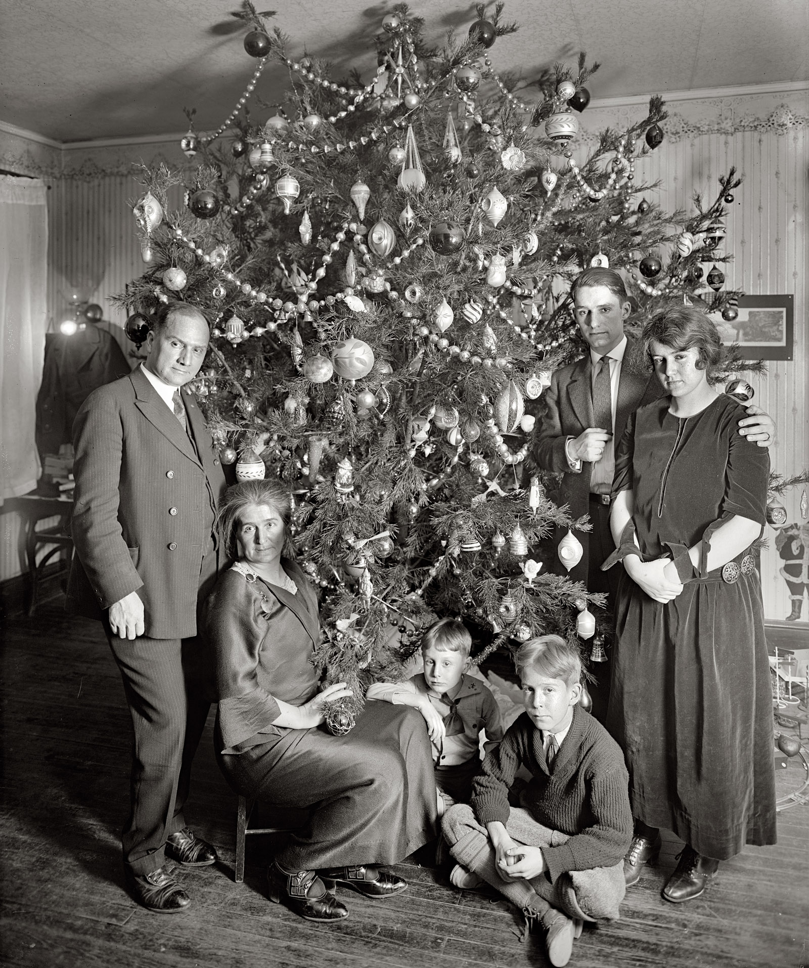 Lucy And Desi Arnaz Vintage Christmas Photos From The 1920s