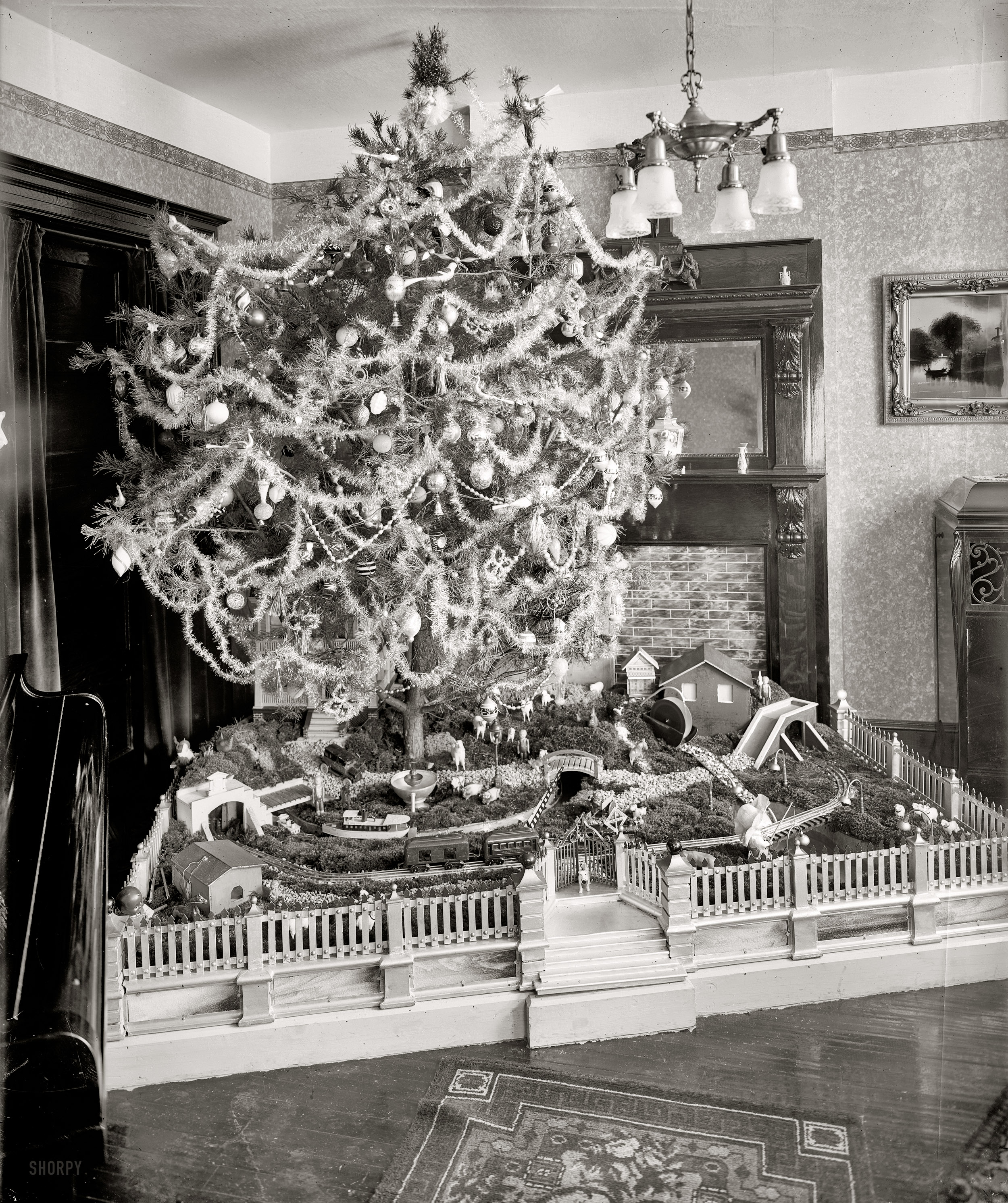vintage christmas photos from the 1920s